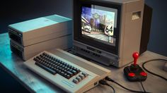 special edition with Floppy 1541 and Monitor 1702 Home Computer, Best Computer, Gaming Computer, Autodesk Inventor, Retro Room, Retro Video Games, Cool Tech, Cloud Computing, Retro Design