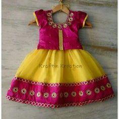 Kids wear Baby Girl Party Dresses, Dresses Kids Girl, Kids Outfits Girls, Frocks For Girls, Girl Outfits, Girls Frock Design, Kids Frocks Design, Baby Frocks Designs, Kids Dress Wear