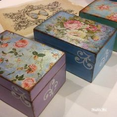 Roses Vintage Boxes
