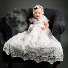 Kelaixiang Luxury Jewel Short Sleeves Baby Christening Robe Lace Applique