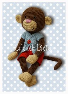 Kuferek Bietki: Małpiszonek 2/Der Kuscheltier-Affe 2/ Crocheted Monkey 2 http://lalkimisie.blogspot.com/2013/11/mapiszonek-2der-kuscheltier-affe-2.html