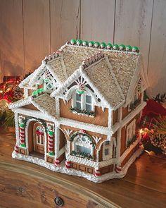 Creative Gingerbread House Ideas | 38 Simple & Inspiring Gingerbread House Ideas
