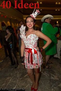 Queen of hearts - Halloween / Carnival costume for . Queen of Hearts – Halloween / Carnival costume for girls Circus Halloween Costumes, Up Halloween, Carnival Costumes, Halloween Dress, Halloween Decorations, Casino Decorations, Queen Of Hearts Halloween, Queen Of Hearts Costume, Casino Dress