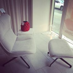 Amy armchair by C.Dondoli & M. Pocci  Live Beautifully! www.lignerosetsf.com  #Design #Showroom #LigneRosetSF