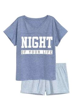 Shop online for a wide range of ladies' nightwear at H&M, from comfortable pyjamas and pretty nighties to cosy dressing gowns and loungewear. Cute Pjs, Cute Pajamas, Girls Pajamas, Pajamas Women, Pajama Outfits, Lazy Outfits, Outfits For Teens, Cute Outfits, Cute Sleepwear