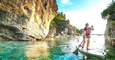 You Can Explore Ontario's Bruce Peninsula Entirely By Stand-Up Paddleboard This Summer Places To Travel, Places To See, Tobermory Ontario, Lake Huron, Sup Surf, Crystal Clear Water, Paddle Boarding, Summer Vibes, Surfing