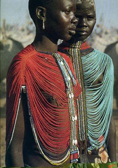 Ready for Marriage by Photographers Carol Beckwith and Angela Fisher - Dinka on photokunst African Tribes, African Women, Ethnic Fashion, African Fashion, Black Is Beautiful, Beautiful People, Art Afro, Ready For Marriage, Xingu