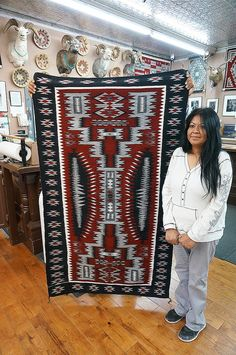 Native American Blanket, Native American Rugs, Native American Patterns, Native American Women, Navajo Weaving, Navajo Rugs, Tapestry Weaving, Hand Weaving, Southwestern Rugs