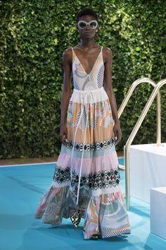Emilio Pucci Spring 2018 Ready-to-Wear Fashion Show - Barbra-Lee Grant