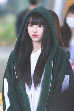 Kpop Girl Groups, Korean Girl Groups, Kpop Girls, Oh My Girl Yooa, Kpop Girl Bands, Stylish Girl Images, Girl Next Door, Girls Image, Aesthetic Girl