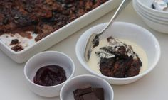 This chocolate bread and butter pudding is a real winner in the yummy dessert stakes. Slices of white bread are spread with chocolate hazelnut spread and soaked in a delicious chocolate custard. Delicious Chocolate, Delicious Desserts, Chocolate Custard, Yummy Food, Chocolate Hazelnut, Yummy Yummy, Dessert Recipes For Kids, Baby Food Recipes, Sweet Recipes