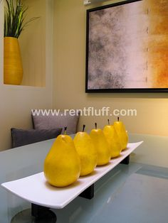 Fruit is a great way to stage your kitchen!  #staging #kitchen #homeforsale #phoenix #SREtips #RealEstate