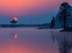 莎士比亚说: 再好的东西,都有失去的一天。 再深的记忆,也有淡忘的一天。 再爱的人,也有远走的一天。 再美的梦,也有苏醒的一天。該放棄的決不挽留。