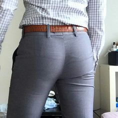 Tight Jeans Men, Mens Casual Jeans, Men Casual, Mens Fashion Suits, Mens Suits, New Men Hairstyles, Tight Suit, Cute White Boys, Le Male