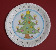 Adventný kalendár - tvoríme s deťmi Christmas Deco, Christmas Projects, Christmas And New Year, Handmade Christmas, Christmas Ornaments, Winter Crafts For Kids, Crafts For Kids To Make, Crafts For Girls, Diy And Crafts