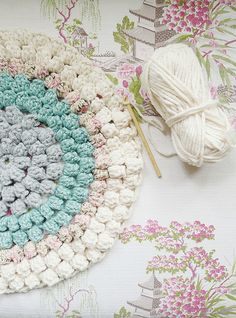 color combo- love the puff stitch in rounds!