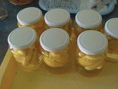 Reteta Compot de gutui din categoria Sucuri si compoturi de fructe Mason Jars, Food And Drink, Homemade, Meals, Baking, Recipes, Hipster Stuff, Syrup, Canning