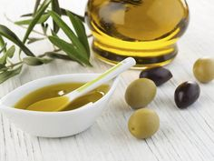 Dr. Weil, your trusted health advisor, offers helpful advice on monounsaturated fat and cottonseed oil in your diet.