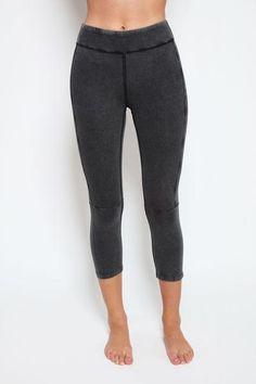 36407976935c13 Hatha Crop in Black - | 2199.00 Blacked Online, Jeggings, Trendy Outfits,  Capri