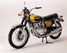Anniversario motocicletta: ripercorriamo le moto storiche anni 70, 80 e 90 - http://www.chizzocute.it/anniversario-motocicletta-moto-storiche-anni-70-80-90/
