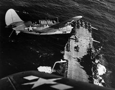 After attacking Japanese ships in the South China Sea a Helldiver prepares to land on the new aircraft carrier USS Hornet in January Aircraft Photos, Ww2 Aircraft, Aircraft Carrier, Military Aircraft, Navy Aircraft, Fighter Aircraft, Fighter Jets, Uss Hornet Cv 12, Photo Avion