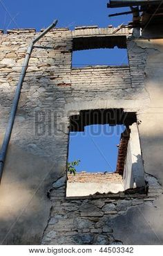 Photo : Old building My Photos, Stock Photos, Old Building, Sky, Mansions, House Styles, Image, Heaven, Manor Houses