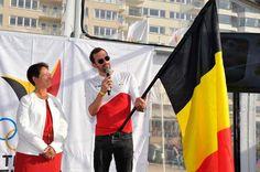 Sven Decaesstecker draagt Belgische vlag bij openingsceremonie - HLN.be