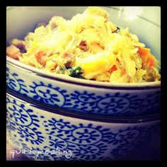 Quirky Cooking: Sue-Ellen's Singapore Noodles - DH said these tasted just like Noodle Box - yum! Baby Food Recipes, New Recipes, Whole Food Recipes, Dinner Recipes, Cooking Recipes, Favorite Recipes, Healthy Recipes, Cooking Ideas, Quirky Cooking