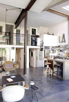 Bijzonder wonen: wonen in een oude knopenfabriek in Parijs! - Makeover.nl