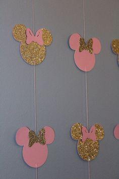 Resultado de imagen para fiestas de minnie dorado con rosado