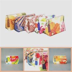 Bridesmaid Gift Personalized Makeup Bag Cosmetic by GreenOnAString Personalized Makeup Bags, Personalized Bridesmaid Gifts, Personalized Mugs, Custom Makeup Bags, Custom Tote Bags, Bachelorette Gifts, Love Coupons, How To Make Handbags, Toiletry Bag
