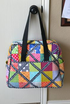 Elizabeth Hartman's, quilt as you go version, of the Weekender Bag.