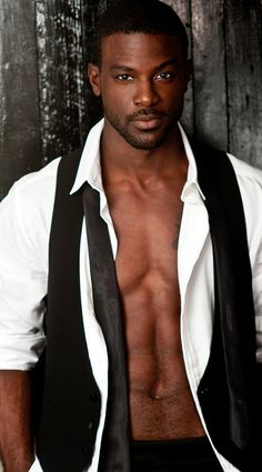 And why Lance Gross net worth is so massive? Lance Gross net worth is definitely at the very top level among other celebrities, yet why? Men In Black, Gorgeous Black Men, Hot Black Guys, Handsome Black Men, Beautiful Men, Hot Guys, Black Vest, Handsome Man, Chocolate Men