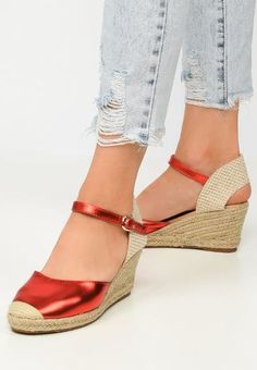 Espadrile dama Dialect Rosii Espadrilles, Wedges, Sandals, Shoes, Fashion, Espadrilles Outfit, Moda, Shoes Sandals, Zapatos