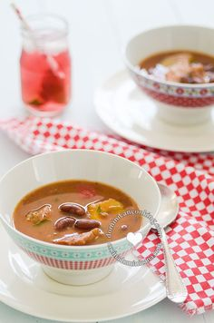 Sweet and spicy red bean stew
