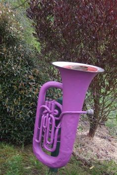 ooooo.....wonder if the barn sale has any musical instruments?!  :)  Next bird feeder project??