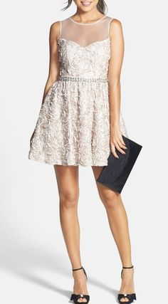 Gorgeous white floral dress. Perfect!