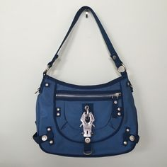 """George, Gina & Lucy 