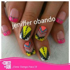Hoy dale a tus uñas un estilo diferente! Decoración de uñas por Jennifer Obando de nuestra sede Autopista Sur. Llama y solicita tu cita 5522309 ¡Corte del Sur Peluquería Te Consiente!