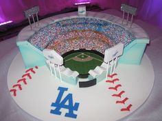 Mindy Weiss is a full-service wedding and event planner based in Los Angeles and New York City. Dodgers Cake, Dodgers Party, Dodgers Baseball, Beautiful Cakes, Amazing Cakes, Baseball Birthday, Baseball Party, Baseball Cakes, Themed Wedding Cakes