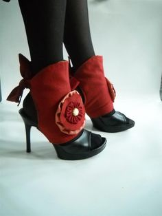 I love spats!!! these will be mine when I lost 20lbs.  A treat to my feet.