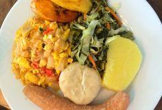 Miss G's Simple Jamaican Festival Recipe - Jamaicans.com Jamaican Stew Peas, Jamaican Cuisine, Jamaican Dishes, Jamaican Curry, Jamaican Chicken, Jerk Chicken, Fried Chicken, Jamaican Festival Recipes, Jamaican Recipes