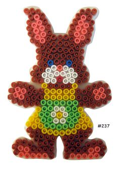 Inspiration for playing with Hama Beads Pearler Bead Patterns, Perler Patterns, Easter Crafts, Holiday Crafts, Hama Beads Coasters, Peler Beads, Melting Beads, Bead Crafts, Beading Patterns