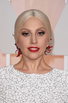 The gorgeous and amazingly talented Lady Gaga, stunning on the #redcarpet in Lorraine Schwartz #platinum earrings.