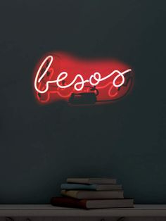 Oliver Gal Besos Kisses (Neon Sign)