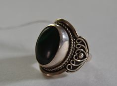 Ring with Malaquita