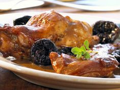 Rabbit with prunes in the style of my grandmother - Recettes - viande lapin - # Diet Recipes, Cooking Recipes, Classic French Dishes, Venison, Casserole Dishes, Risotto, Bacon, Rabbit, Food And Drink