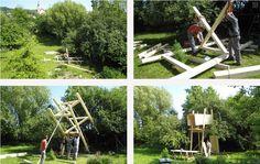 """Tento čarovný """"dom na strome"""" je multifunkčnou drevenou skladačkou stojacou na vlastnej konštrukcii s rozlohou 4 m². Prívlastok """"treehouse"""" dostal najskôr preto, lebo je umiestnený medzi korunami stromov a podobá sa naň. Určite poslúži deťom, či už na hranie rôznych hier, pozorovanie prírody alebo ako krásny súkromný kút na čítanie, či klubovňa. Aké praktické! Proces výstavby môže byť pre deti zábavný a pútavý zážitok, ktorý ich možno motivuje do budúcich DIY projektov v dospelosti:]"""