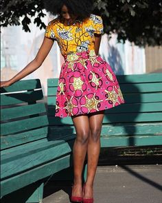 Crazy Color Combo, I LOVE IT 😍😍😍 Check out @yetundesarumi @sewurbane for more AMAZING African print attire! • • • #afrocentric #urbanliving #yetundesarumi #dmvmodel #blackgirlmagic #africanfashion #africanfashionbloggers #africanprint #africandesigners #blackbeauty #model #photoshoot