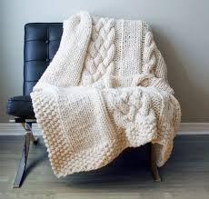 Resultado de imagen para mantas de trico para cama